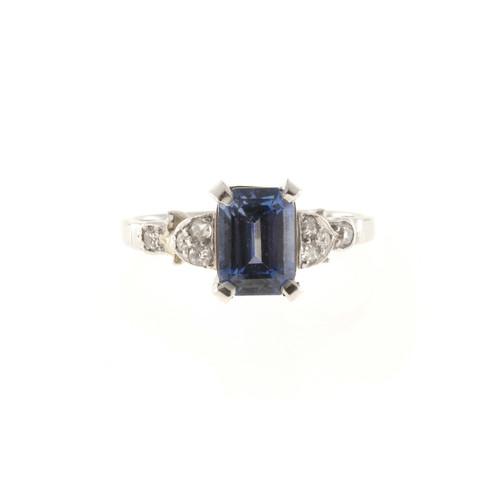 Art Deco 2.03 Carat Blue Sapphire Diamond Platinum Engagement Ring