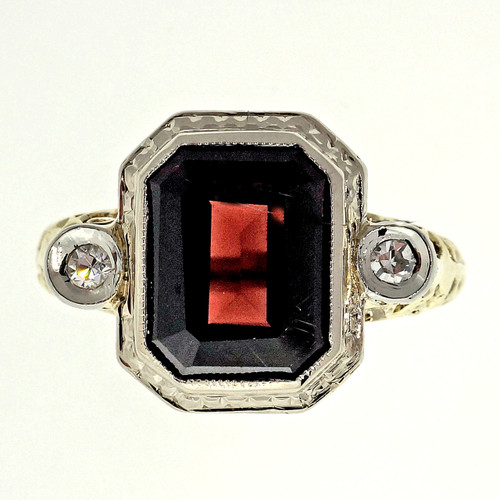 Art Deco 2.00 Carat Garnet Diamond Yellow Gold Ring
