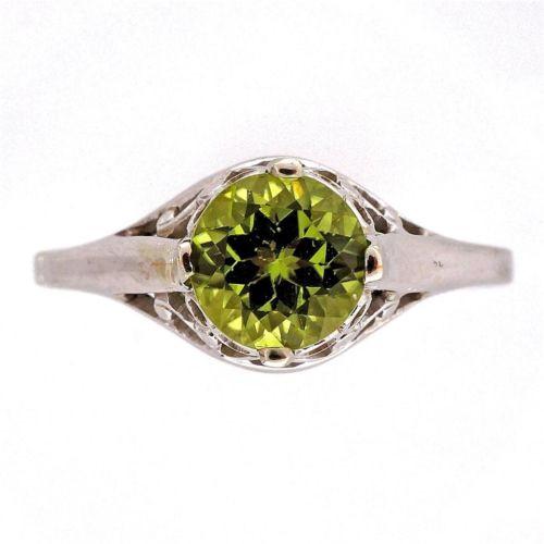 Filigree Art Deco 14k White Gold 1.05ct Peridot Vintage Ring