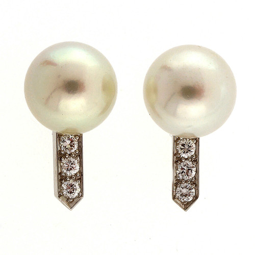 Art Deco  .18 Carat Diamond Cultured Pearl White Gold  Earrings