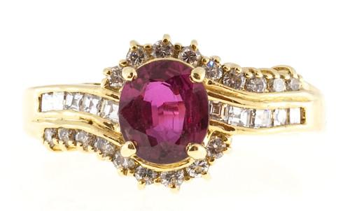 1.05 Carat Ruby Diamond Yellow Gold Ring