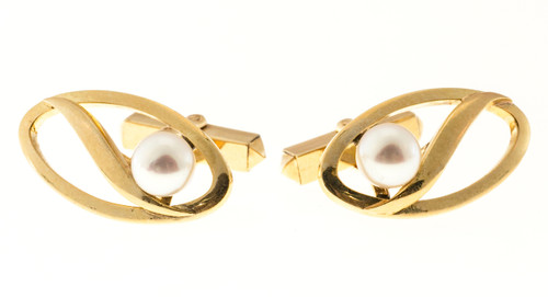 Vintage Designer Mikimoto 6.5mm Cultured Pearl 14k Yellow Gold Cufflinks