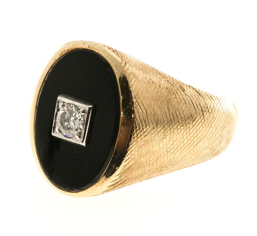 Vintage Men's .20ct Florentined 14k Yellow Gold Black Onyx Center Diamond Ring