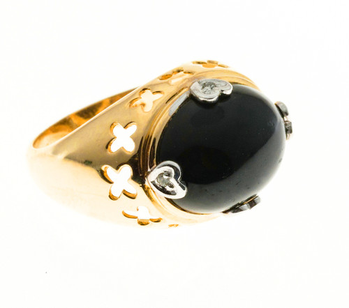 Vintage 1960 Black Onyx 14k yellow gold diamond ring