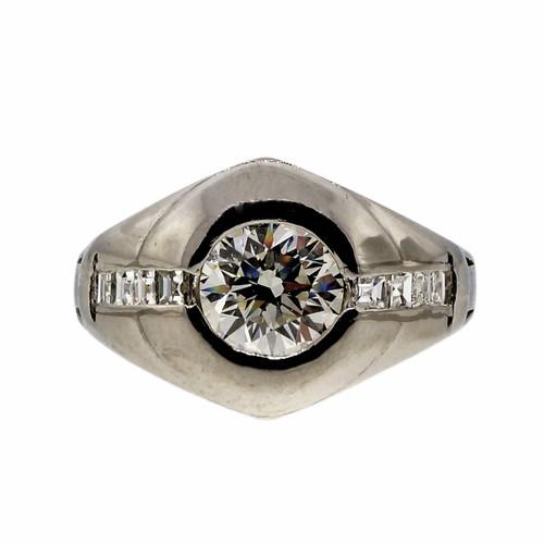 Vintage Art Deco Platinum .93ct Diamond Ring