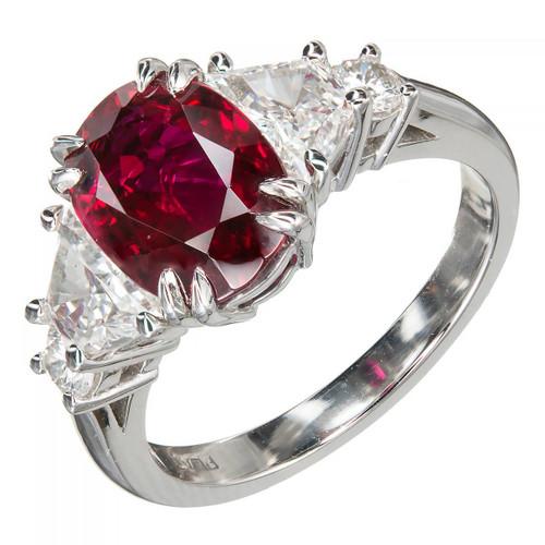 Estate Crimson Red 2.96ct Oval Ruby Trapezoid Round PSD Diamond Platinum Ring