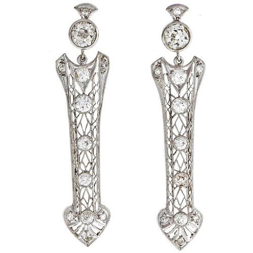 2.62 Carat Diamond Platinum Arrow Edwardian Dangle Earrings