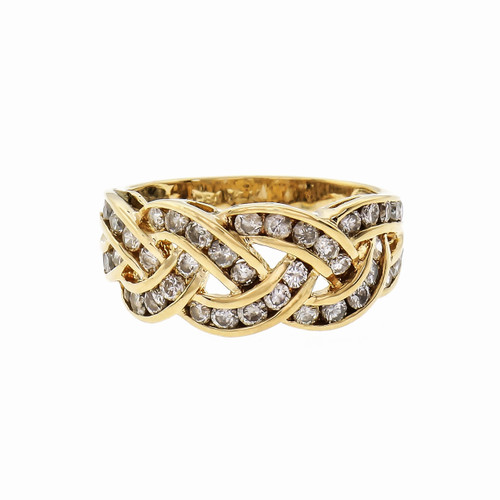 .82 Carat Diamond Yellow Gold Band Ring