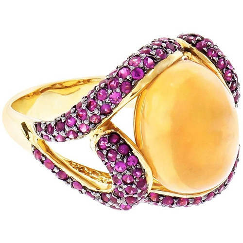 5.00ct Crystal Opal Ruby Cocktail Ring 18k Yellow Gold