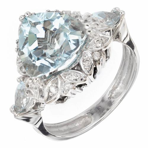 3.00 Carat Triangle Cut Aquamarine Diamond Halo Gold Engagement Ring<br><br><ul>