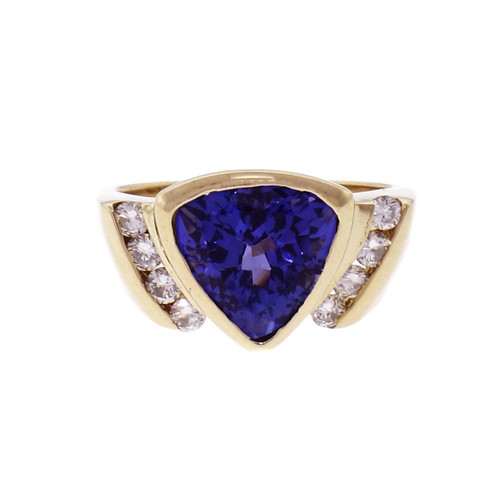 2.31ct Tanzanite Diamond Yellow Gold Cocktail Ring