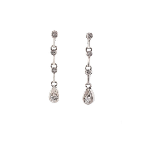 10k White Gold Diamond Dangle Earrings