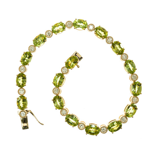 15.00 Carat Peridot Diamond 14k Yellow Gold Bracelet