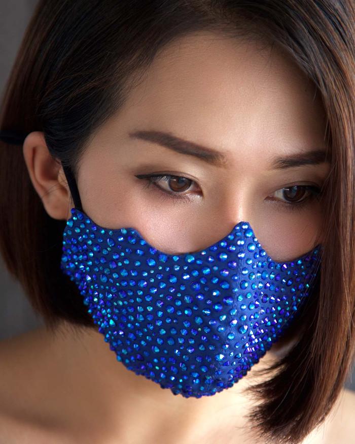 Blue crystal pollution mask
