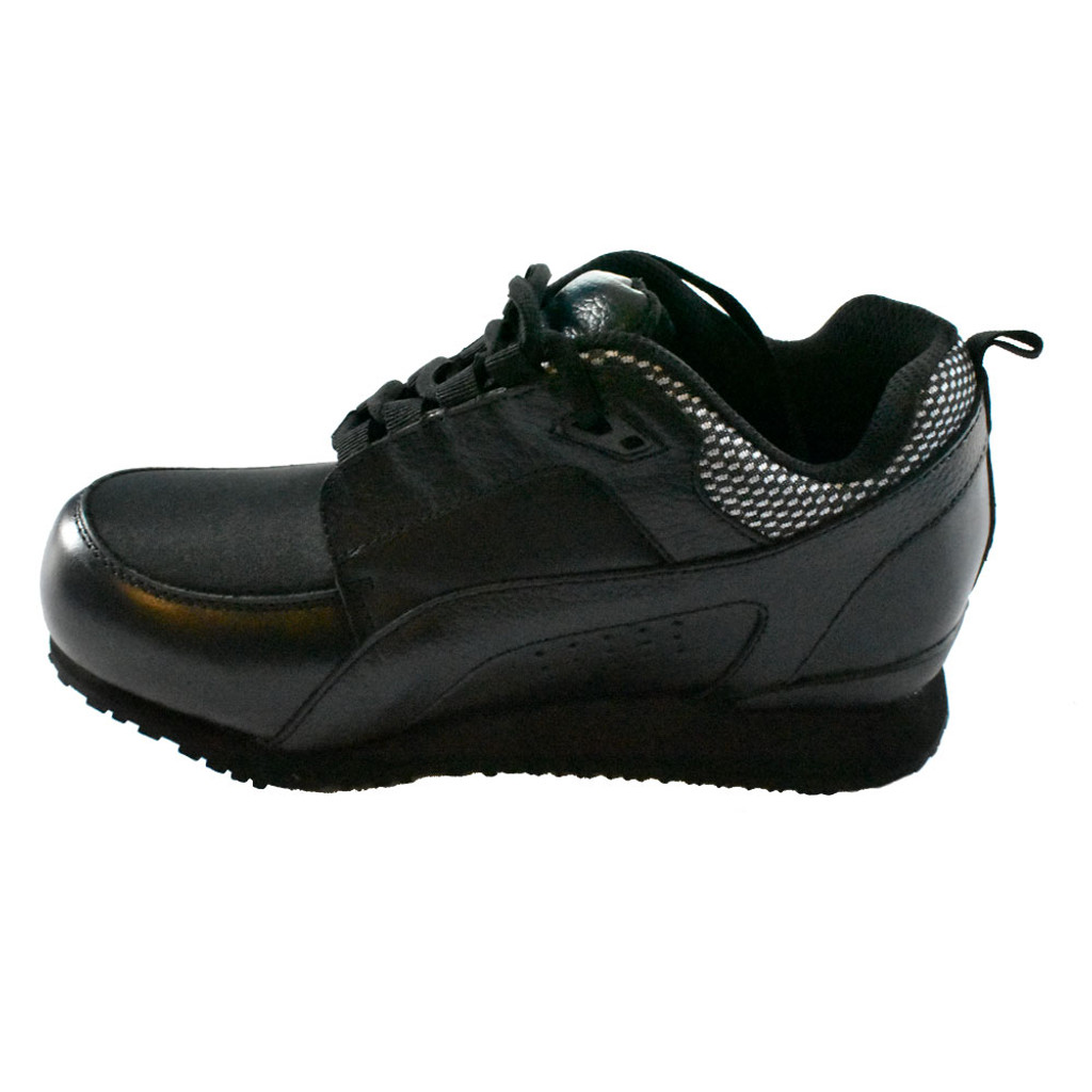 Pedors Stretch Walker MAX LACE-UP Stretch Shoes For Swollen Feet Black (MX900) - Instep view