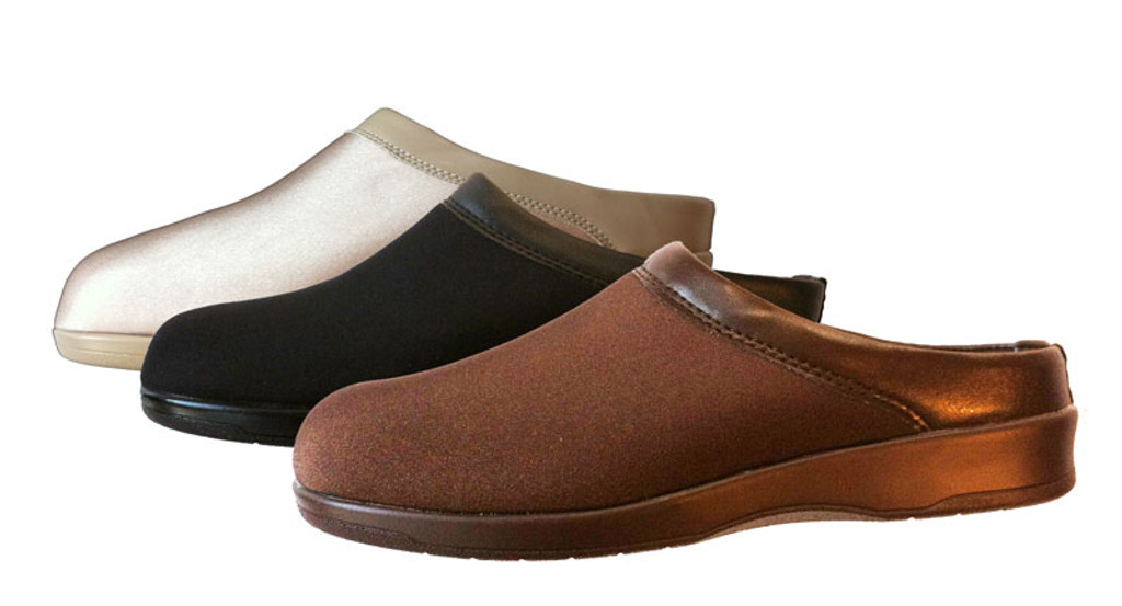 Pedors Euro Clogs Flat Sole - Group Clogs For Bunions