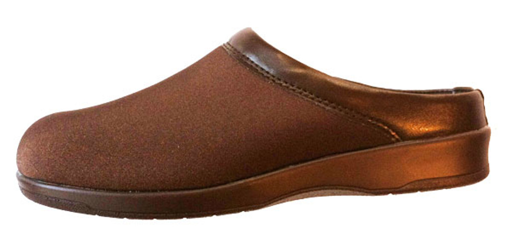 Pedors Euro Brown Clog For Bunions