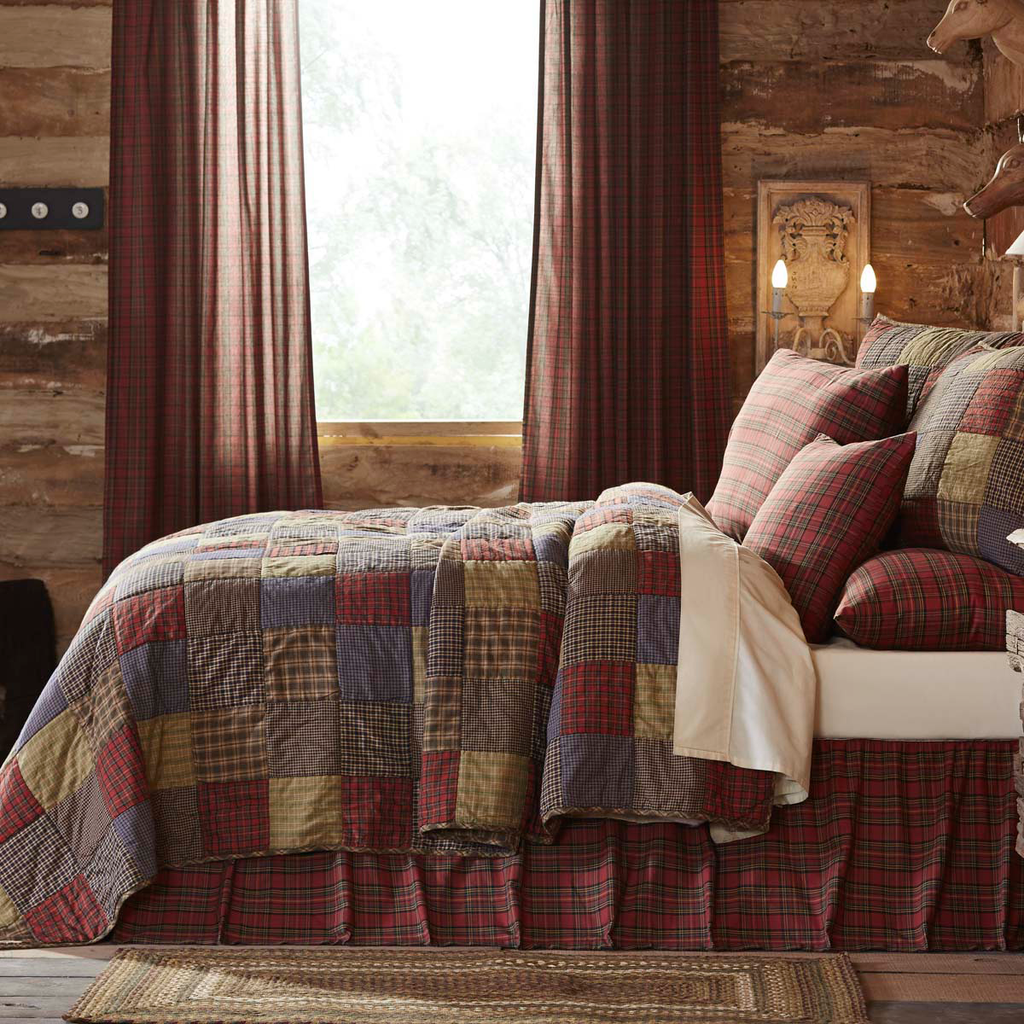 Cedar Ridge King Size Quilt Set