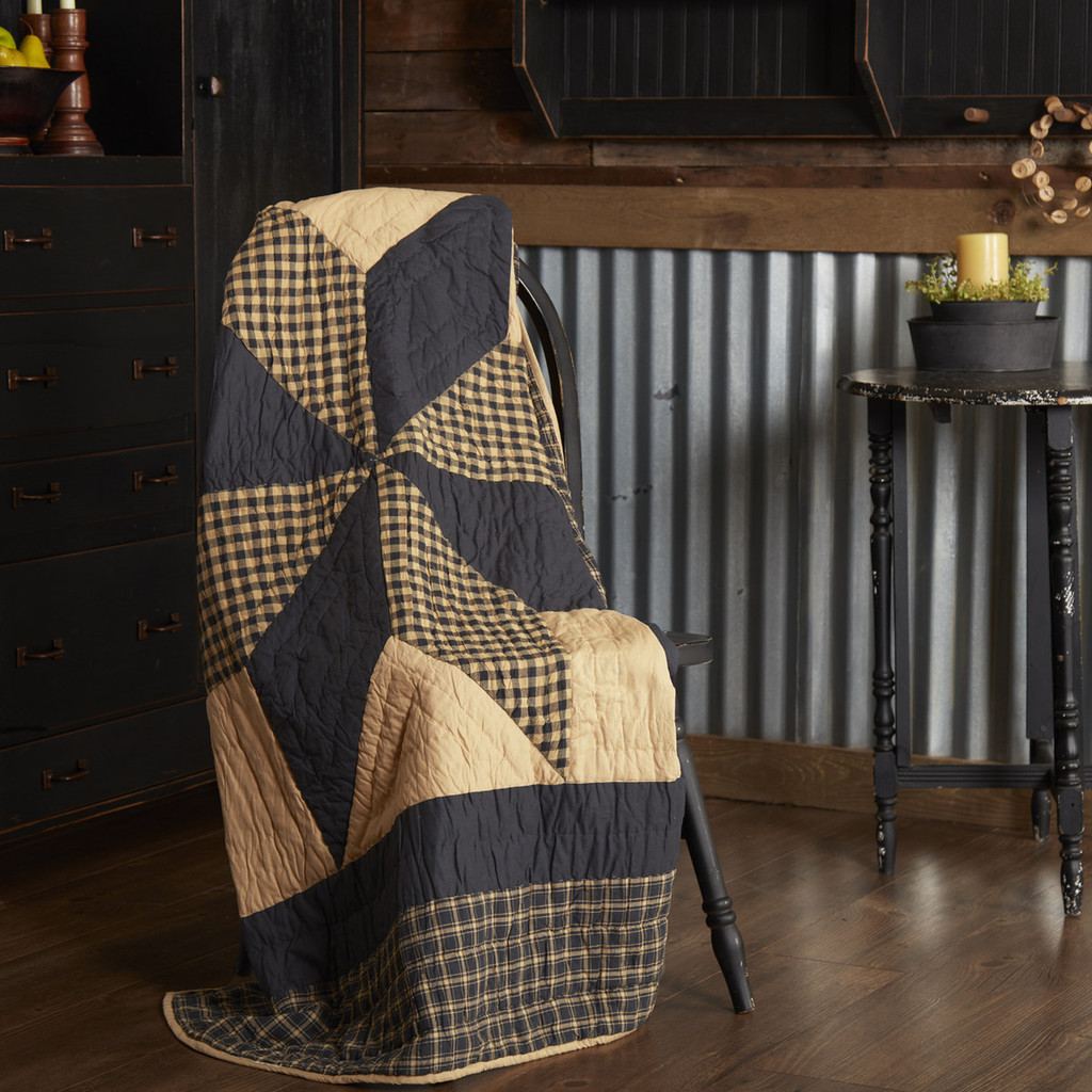 Dakota Star Quilted Primitive Throw