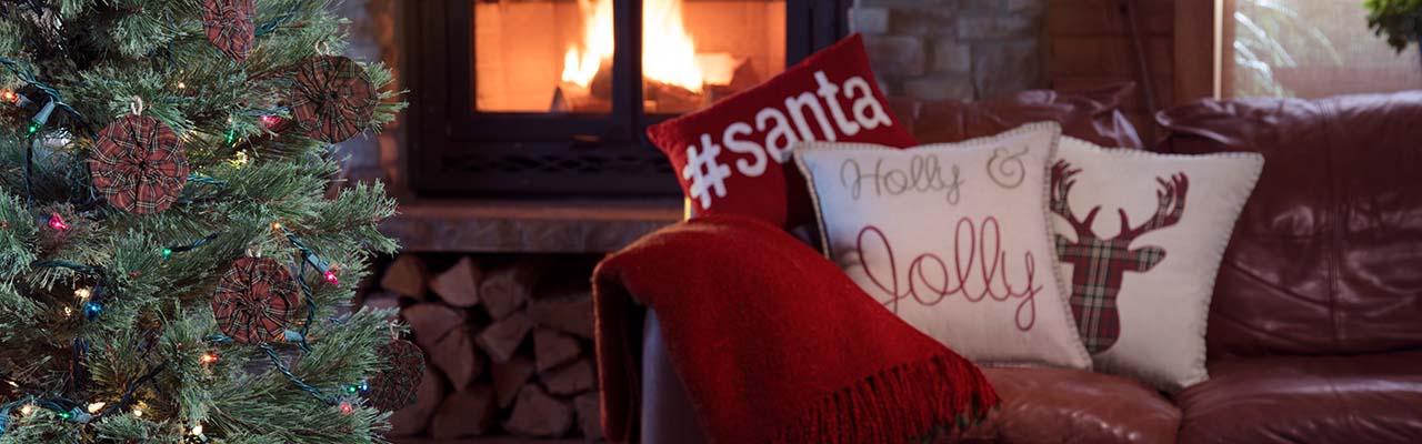 christmas-banner-pillows.jpg
