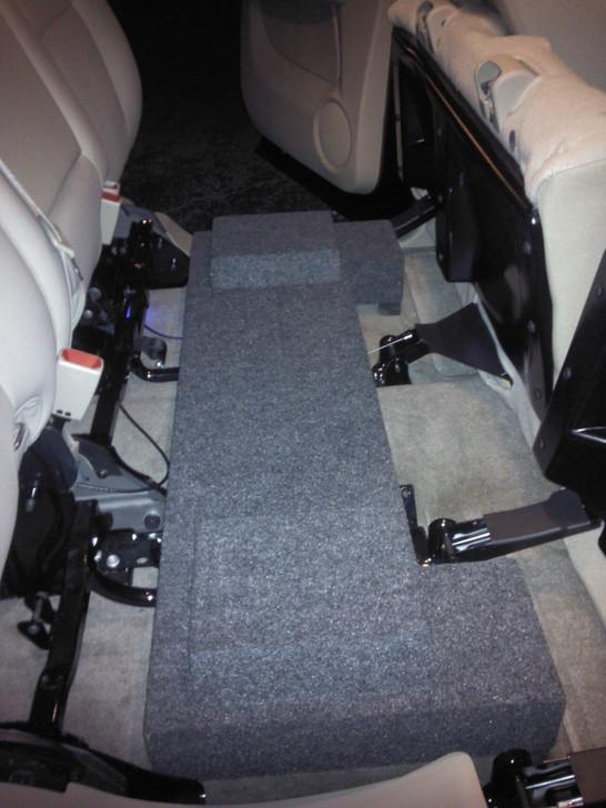 2002-2006 Chevrolet Avalanche Dual Subwoofer Enclosure