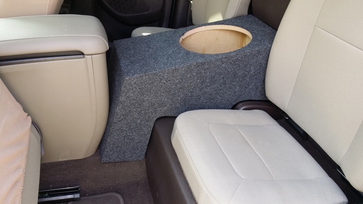 2014-up Colorado/Canyon Extended Cab subwoofer box