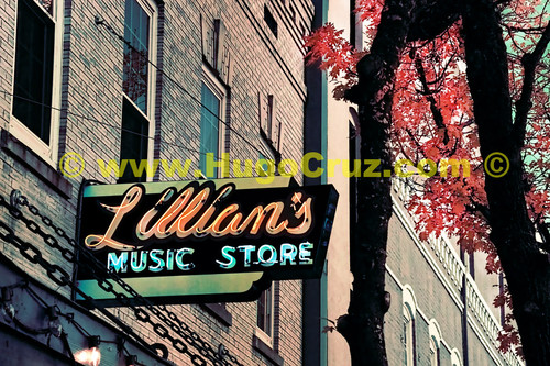 Lillian's