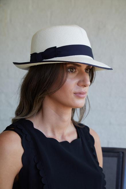 Ladies Folding Panama Hat with Navy edging