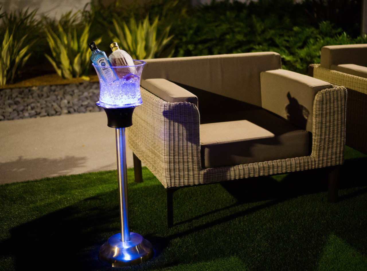 RESORT CHARGER