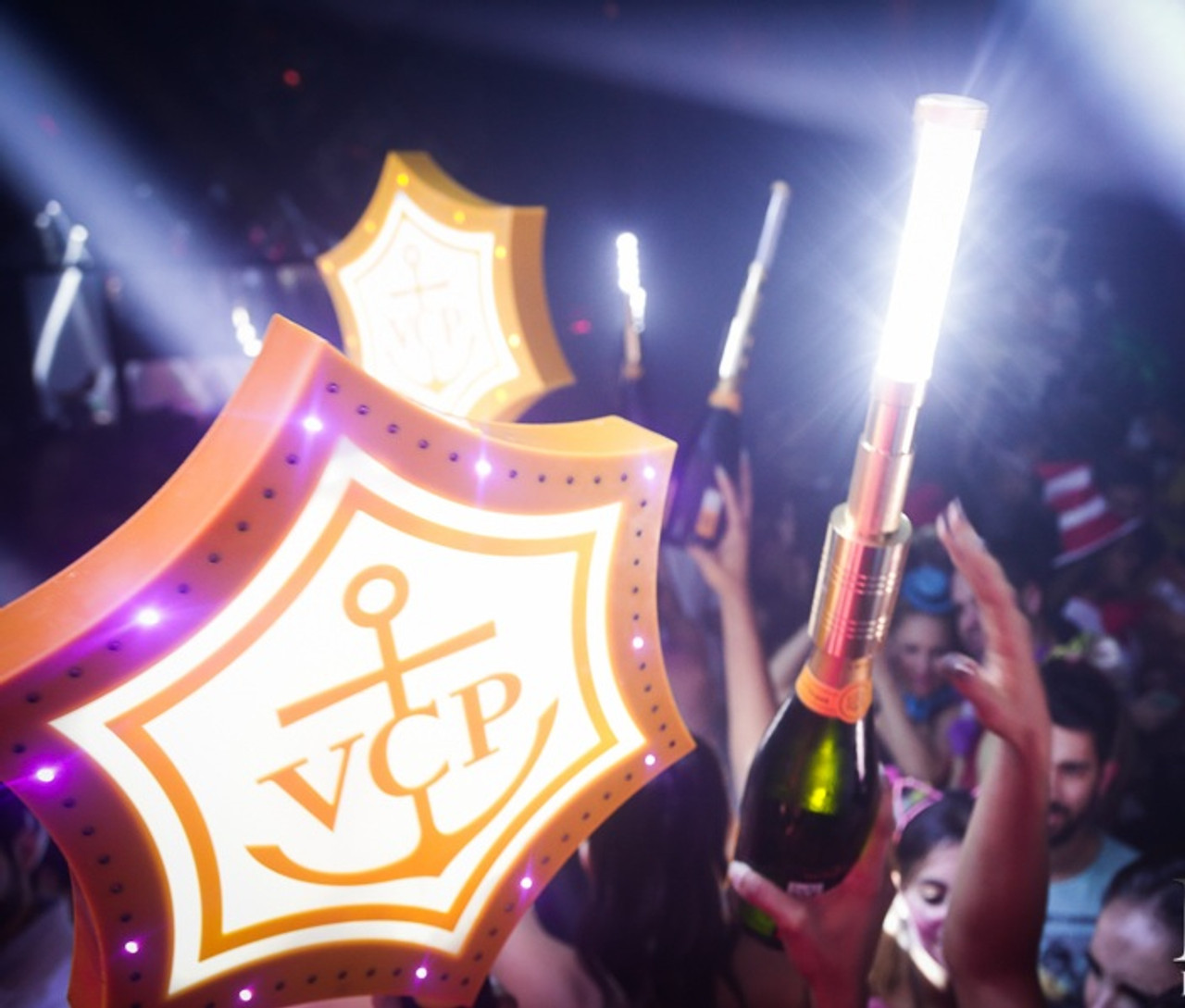 LED, Strobe, Batton, Bottle, Top, Topper, attachment, Sparkler, Bottle service, Nitesparx, Nite sparx