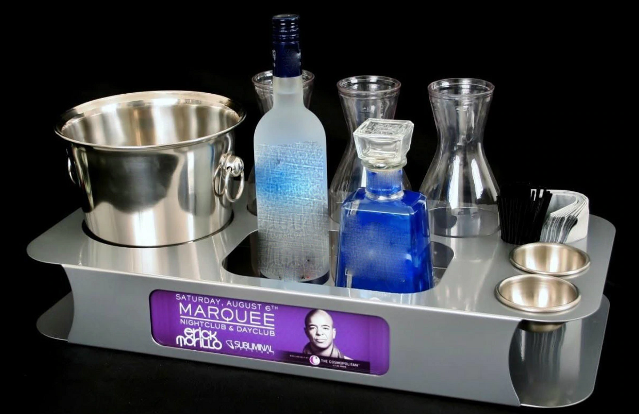 VIP SERVING TRAY