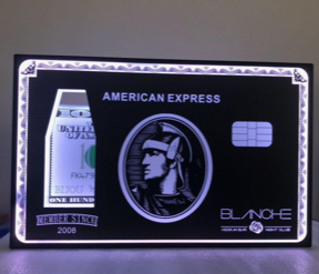 CREDIT CARD BOTTLE PRESENTER