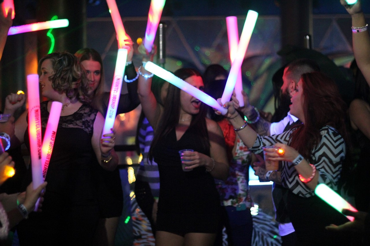 LED GLOW STICKS