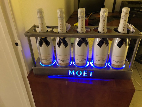 BOTTLE SERVICE TRAY IGNITE