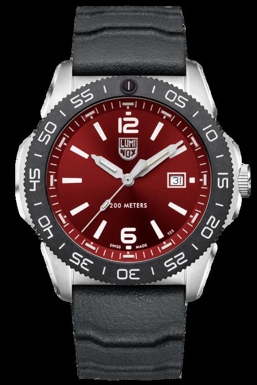 Luminox XS.3135 Pacific Diver Crimson Red
