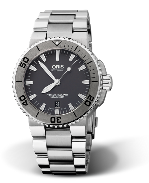 Oris Aquis Date Stainless Steel 43mm // Pre-Owned
