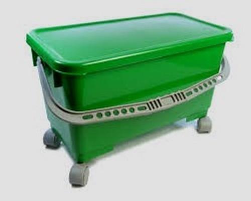 6 Gallon Rectangular Window Wash Bucket with handle, lid, and wheels