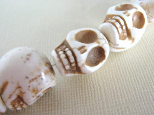 White howlite 15x18mm skull gemstone bead