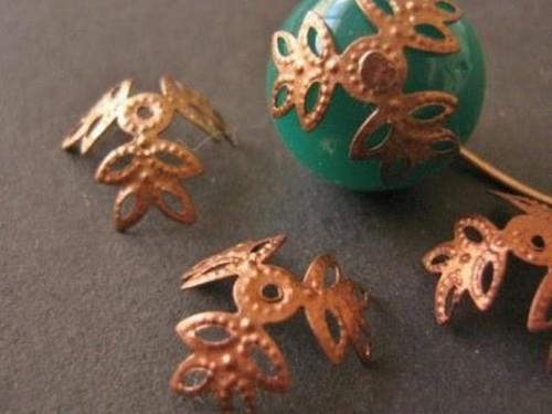 3 leaf prong bead caps copper finish