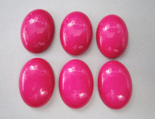Opaque pink 18x25mm oval vintage lucite cabochon