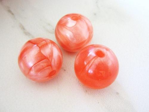 Pink 22mm round acrylic beads