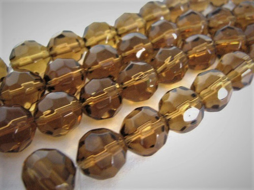 Faceted round glass beads