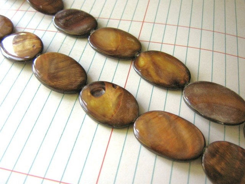 Brown 20x30mm flat oval shell beads