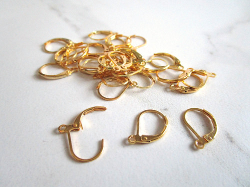 Lever back ear wire setting 10x15mm gold tone finish