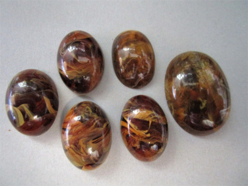 Marbled brown 13x18mm oval cabochon vintage lucite