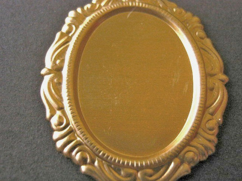 Brass 25x18mm oval victorian cameo setting blank