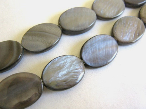 Black shell beads 13x18mm flat oval