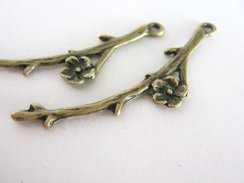 Tree branch charm 47mm antique bronze