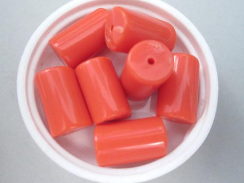 Tube vintage lucite beads