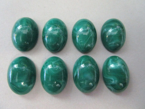 Marble green 13x18mm oval vintage lucite cabochon